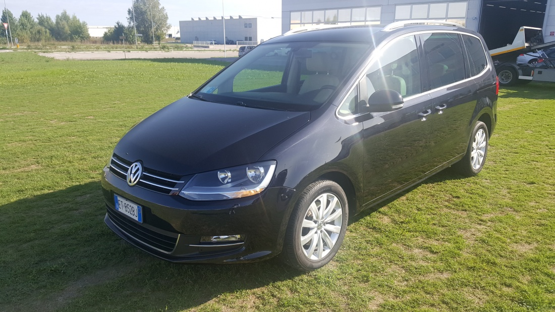 volkswagen sharan 2 0 tdi 177cv highline dsg autosole. Black Bedroom Furniture Sets. Home Design Ideas